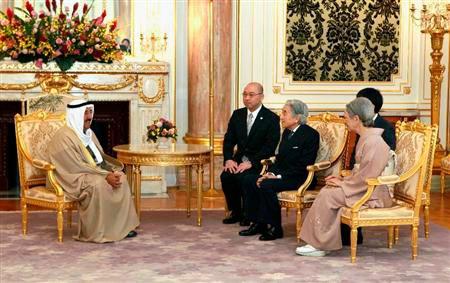 天皇・皇后両陛下は国賓として日本を訪問したクウェートのサバーハ首長に対し、大震災支援のための500万バレルの寄贈に謝意を表された。