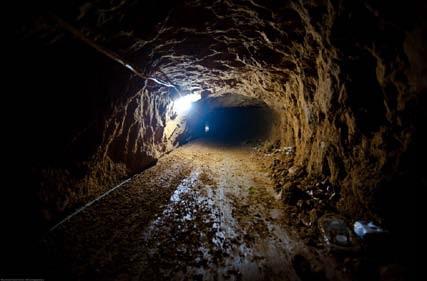 ガザ地区ラファの密輸トンネル