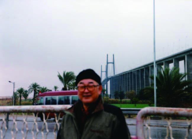 スエズ運河架橋と片倉邦雄元エジプト大使(2002年)